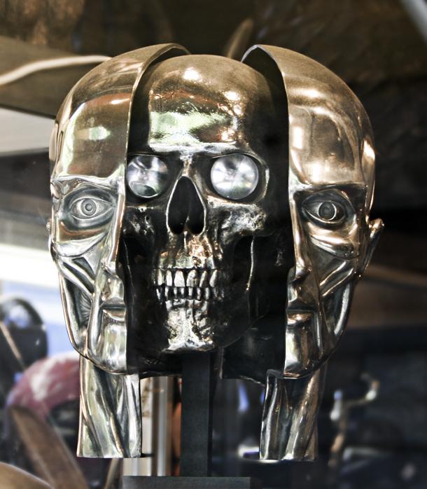 African Skull Robot